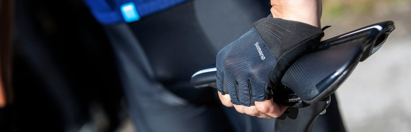 19SS_apparel_gloves_Line_up_hero-image