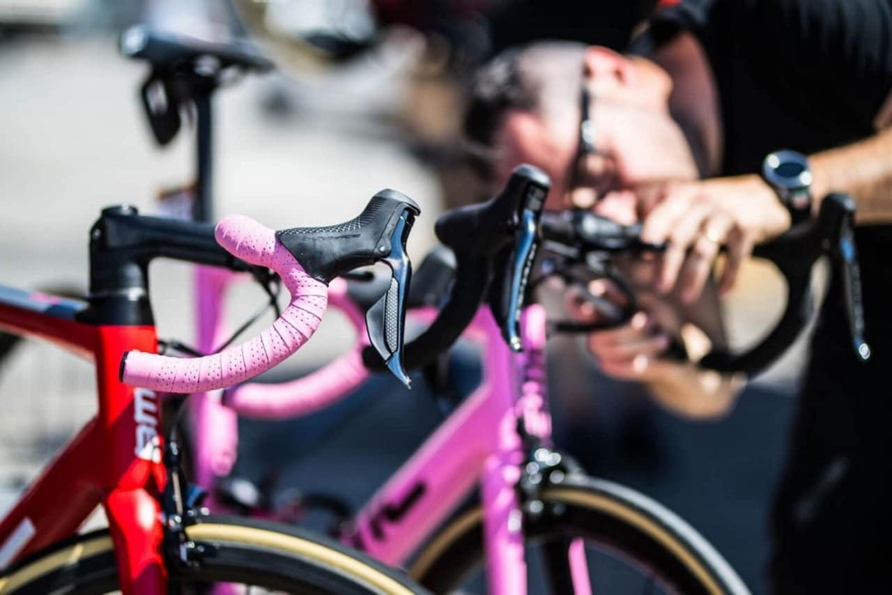 43c57908e 2018 Giro D Italia Team Bikes