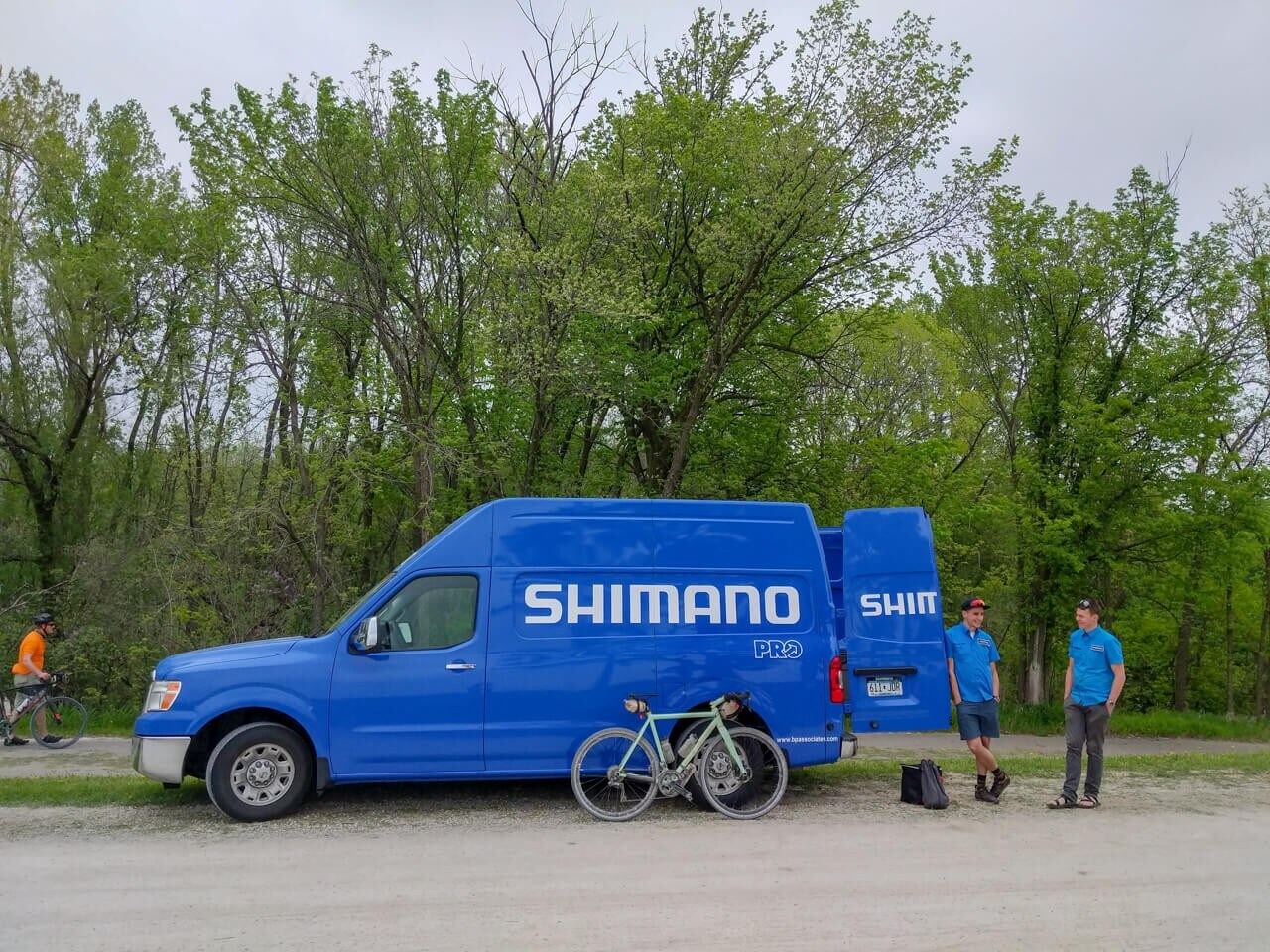 Shimano Support Vehicle